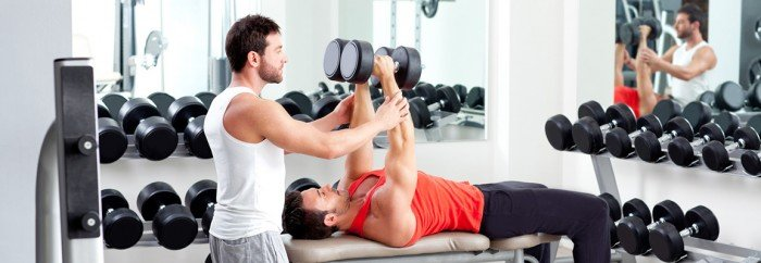 Strenght Training In Abu Dhabi & Dubai With A Personal Trainer In The Gym