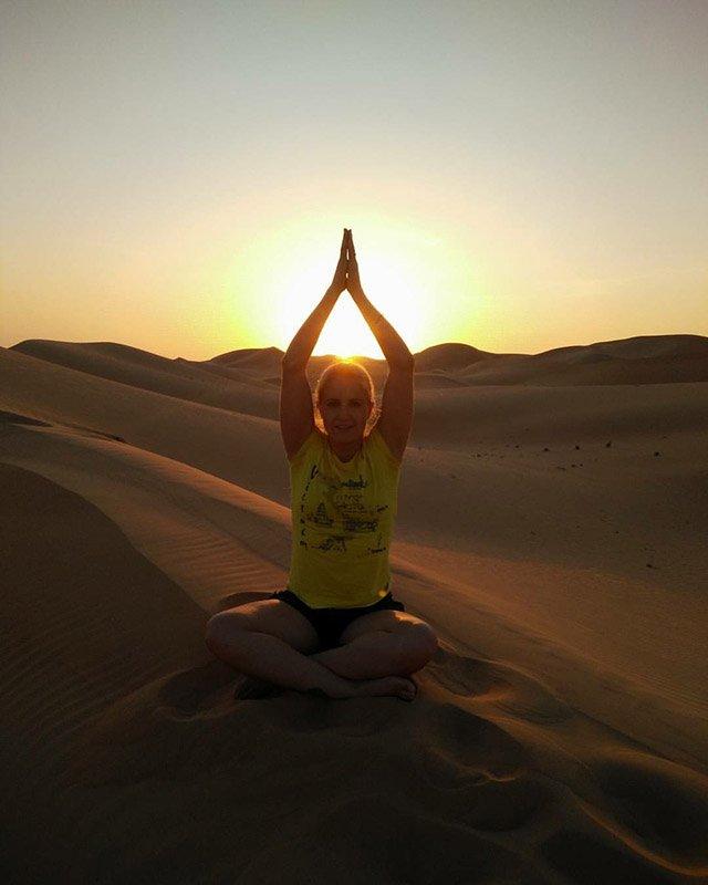 Abu Dhabi Yoga Trainer Leila Knight - Desert Yoga 2