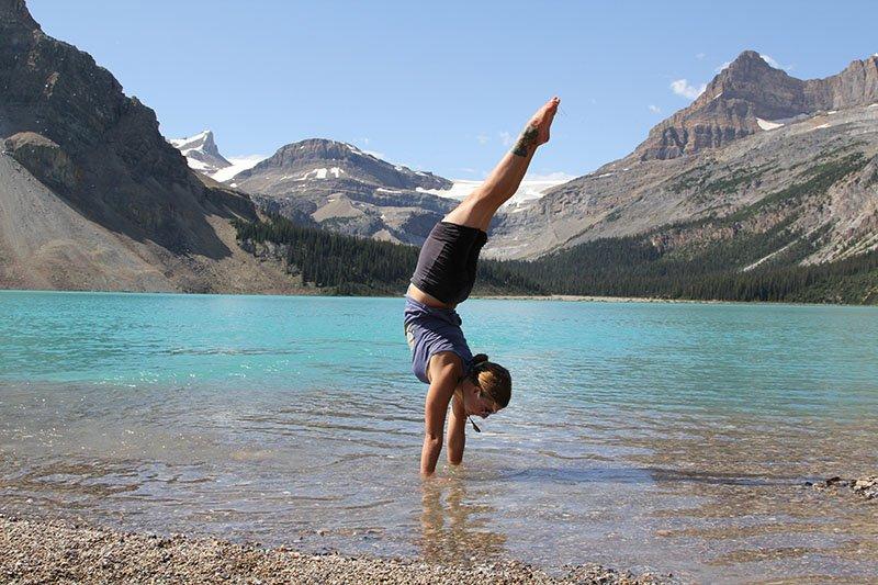 Abu Dhabi Yoga Trainer Leila Knight - Lakeside Yoga 4
