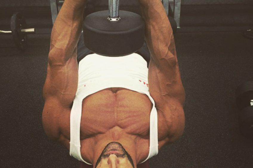 Ricardo Lima PT in Abu Dhabi - Dumbell Exercises