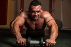 UAE Personal Trainers in Dubai & Abu Dhabi For Muscle Building Training