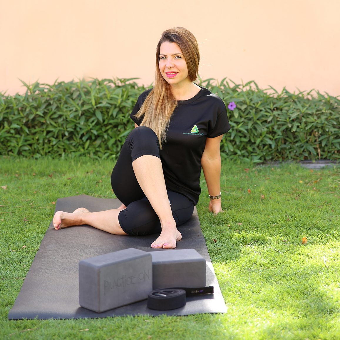 Private yoga lessons in Abu Dhabi with Monee
