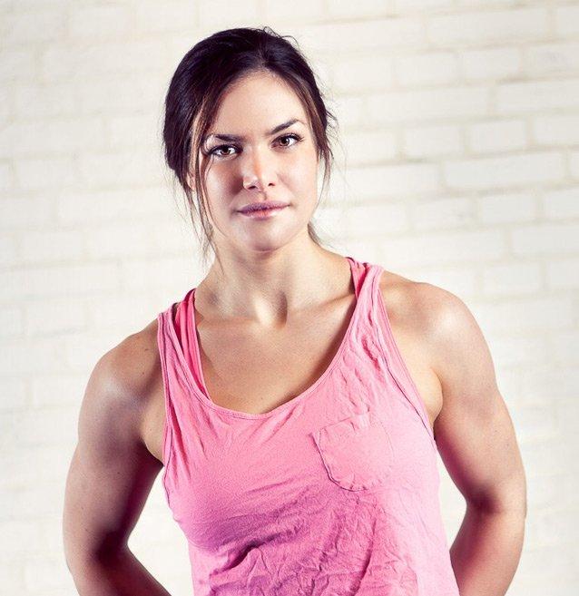 At Home Female Personal Trainer & Yoga Instructor In Dubai – Amanda Warlo