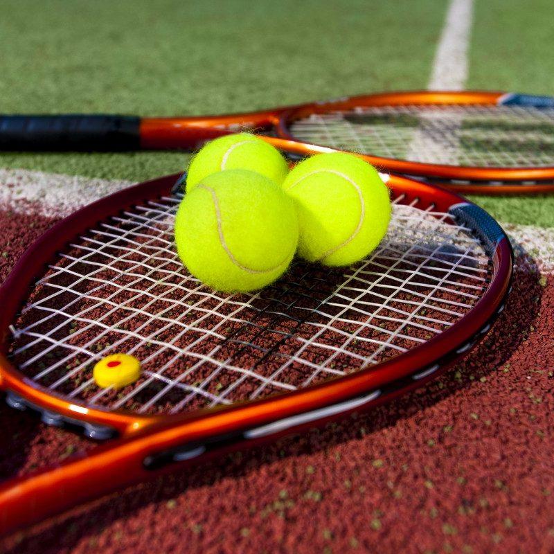 Personal tennis coaching foir 1-2-1 and groups in Dubai, Abu Dhabi - UAE