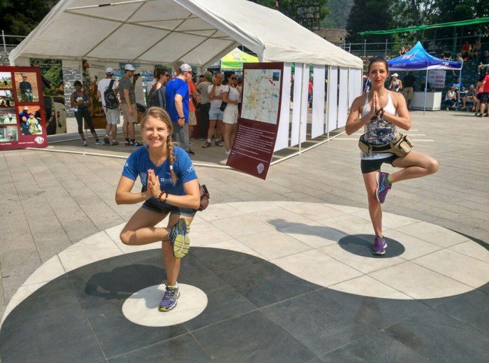 Yoga personal trainer in Abu Dhabi Leila Knight and the great wall of China marathon