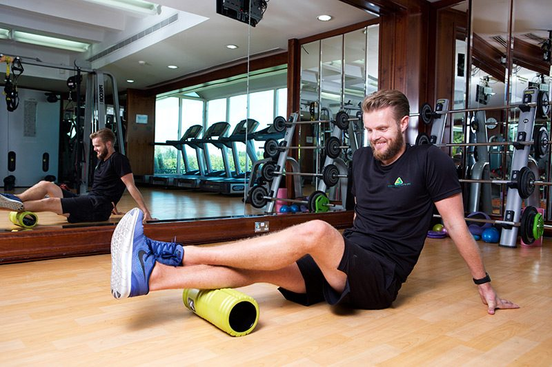 Muscle stretching and rolling - PT chris from Abu Dhabi, UAE