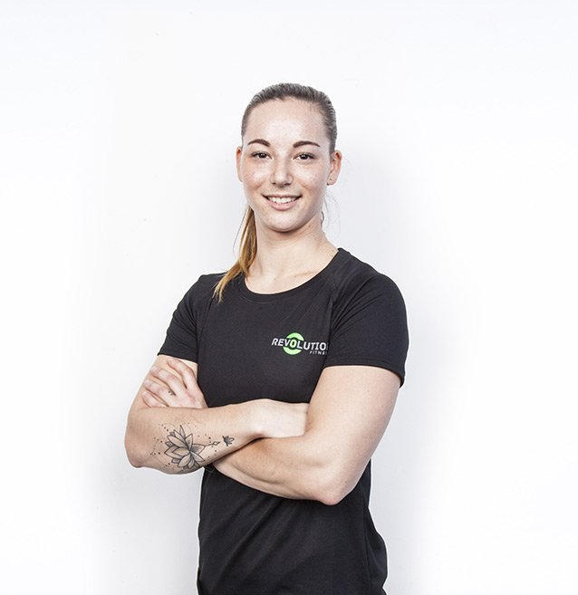 Crossfit female personal trainer in Dubai Michelle