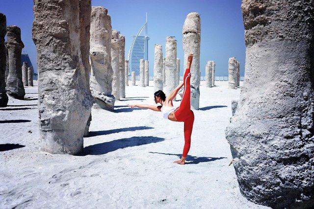 At home ladies fitness personal trainer in Dubai - Taru