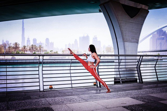 Outdoor personal trainer services with female trainer in Dubai, UAE