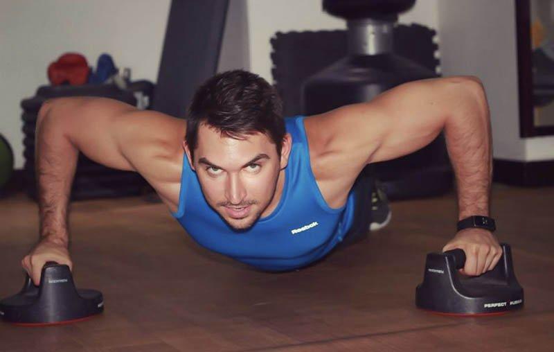 Abu Dhabi Personal Trainer Andrey - Chest Development Training