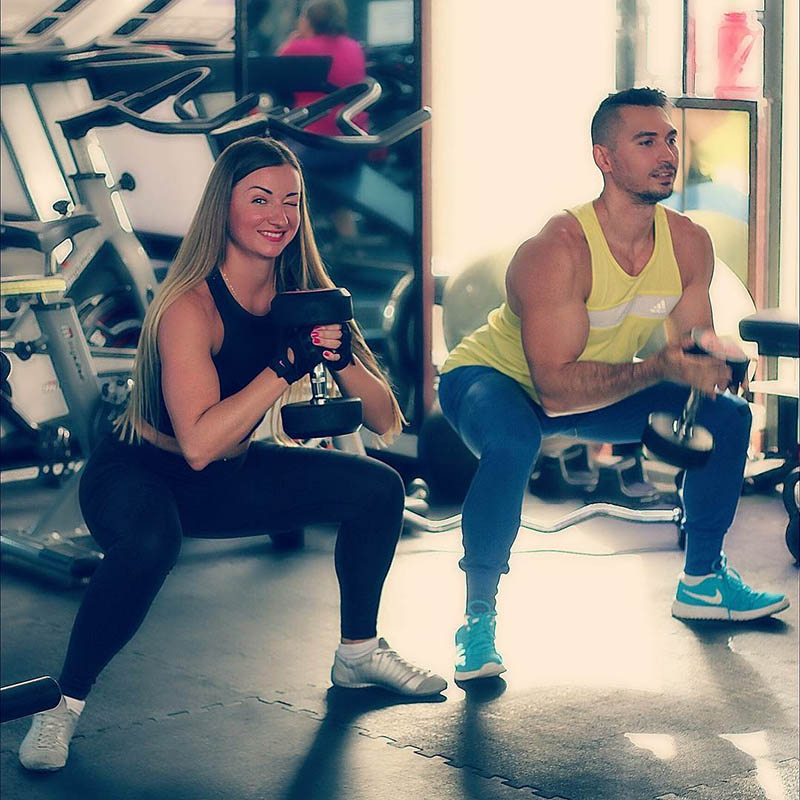 Abu Dhabi Personal Trainer Andrey - Gym Client Training
