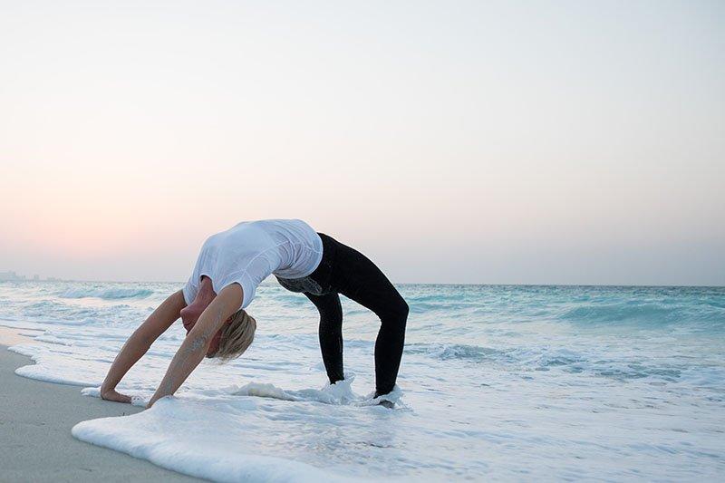 Female Yoga Teacher in Abu Dhabi - Gisella - Yoga On The Beach 10