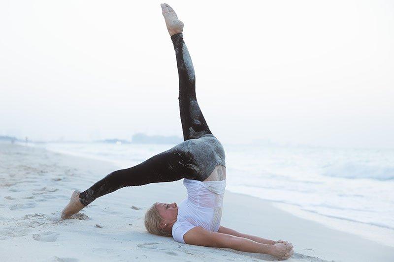 Female Yoga Teacher in Abu Dhabi - Gisella - Yoga On The Beach 15