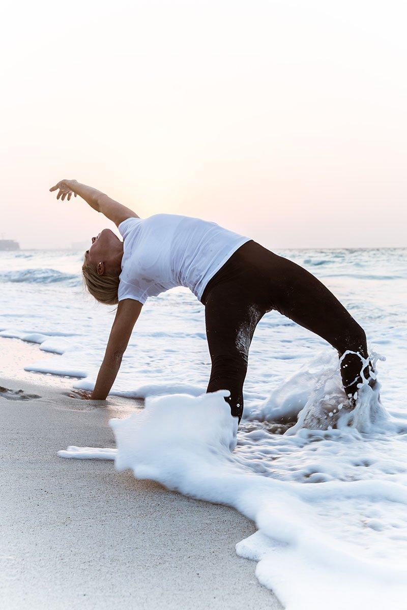 Female Yoga Teacher in Abu Dhabi - Gisella - Yoga On The Beach 2