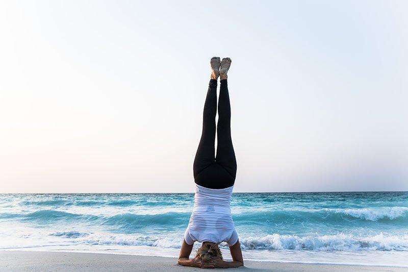 Female Yoga Teacher in Abu Dhabi - Gisella - Yoga On The Beach 9