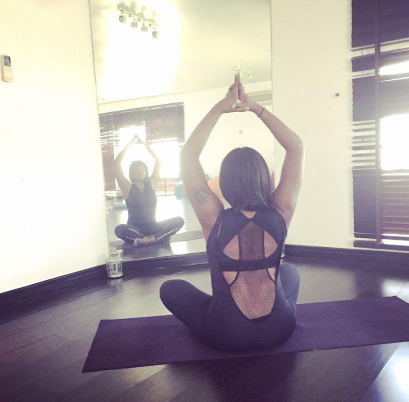 Luciana - female yoga personal trainer in Abu Dhabi UAE - Yoga pose 10