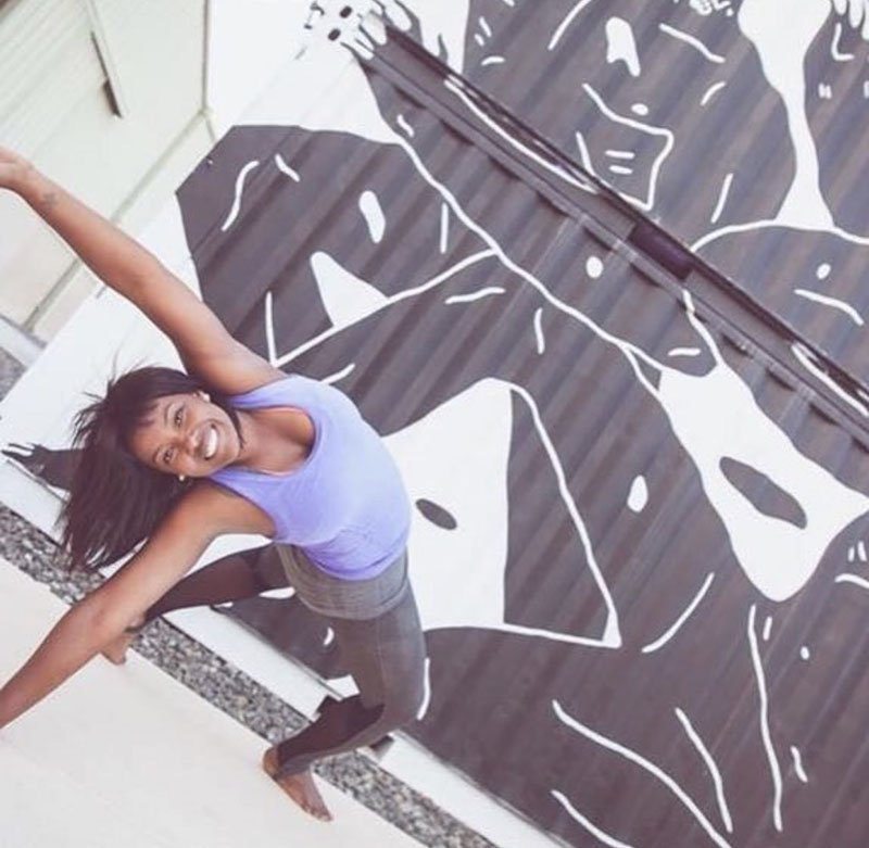 Luciana - female yoga personal trainer in Abu Dhabi UAE - Yoga pose 8