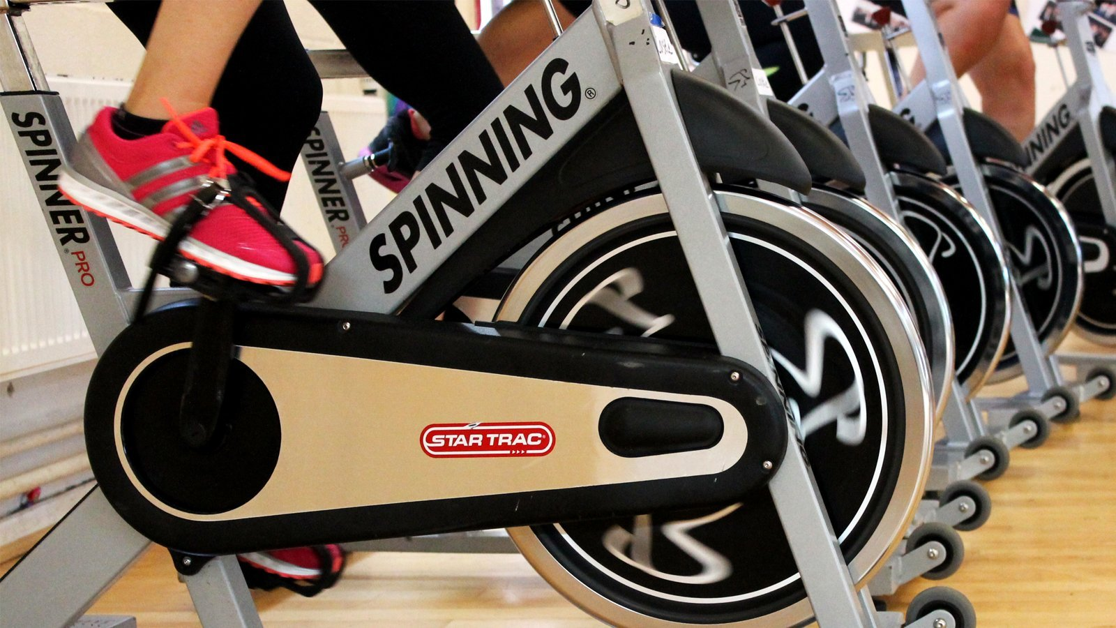 spin classes in abu dhabi uae for all ages and levels