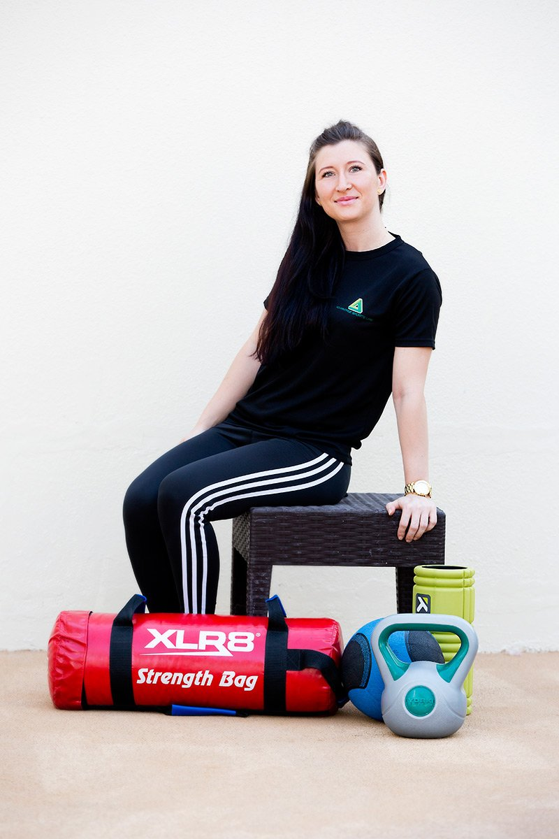 Boxing training for women in the UAE with Andreea