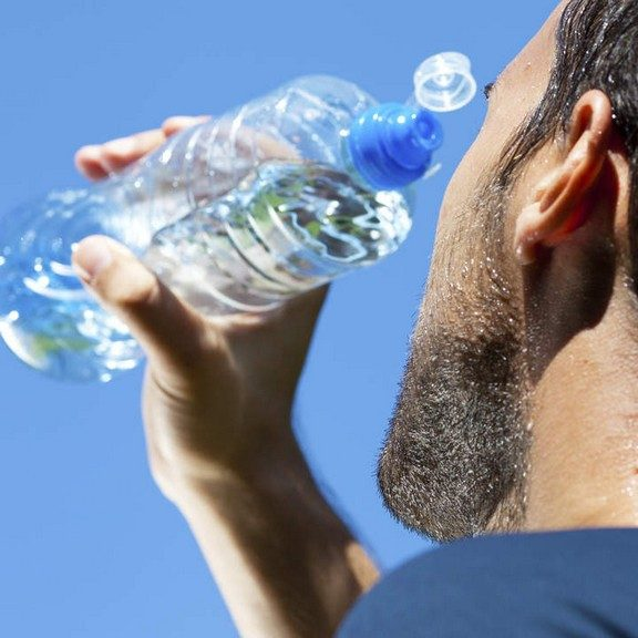 water for exercise hydration in dubai abu dhabi sharjah uae personal trainers
