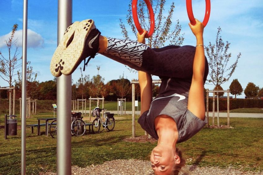 Abu Dhabi Trainer Jess - ring training arm strength