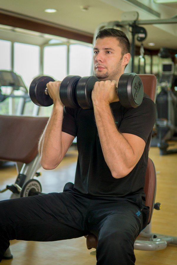 Abu Dhabi male fitness coach for at home training - Uros