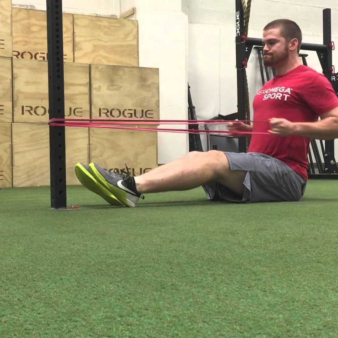 uae personal trainers - elastic resistence band training in Abu Dhabi