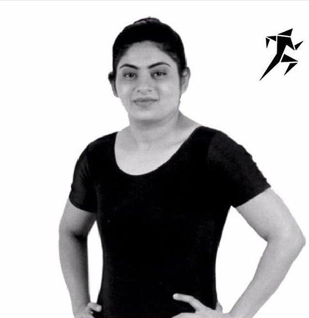 Yoga Teacher & Female Personal Trainer in Sharjah – Hetal
