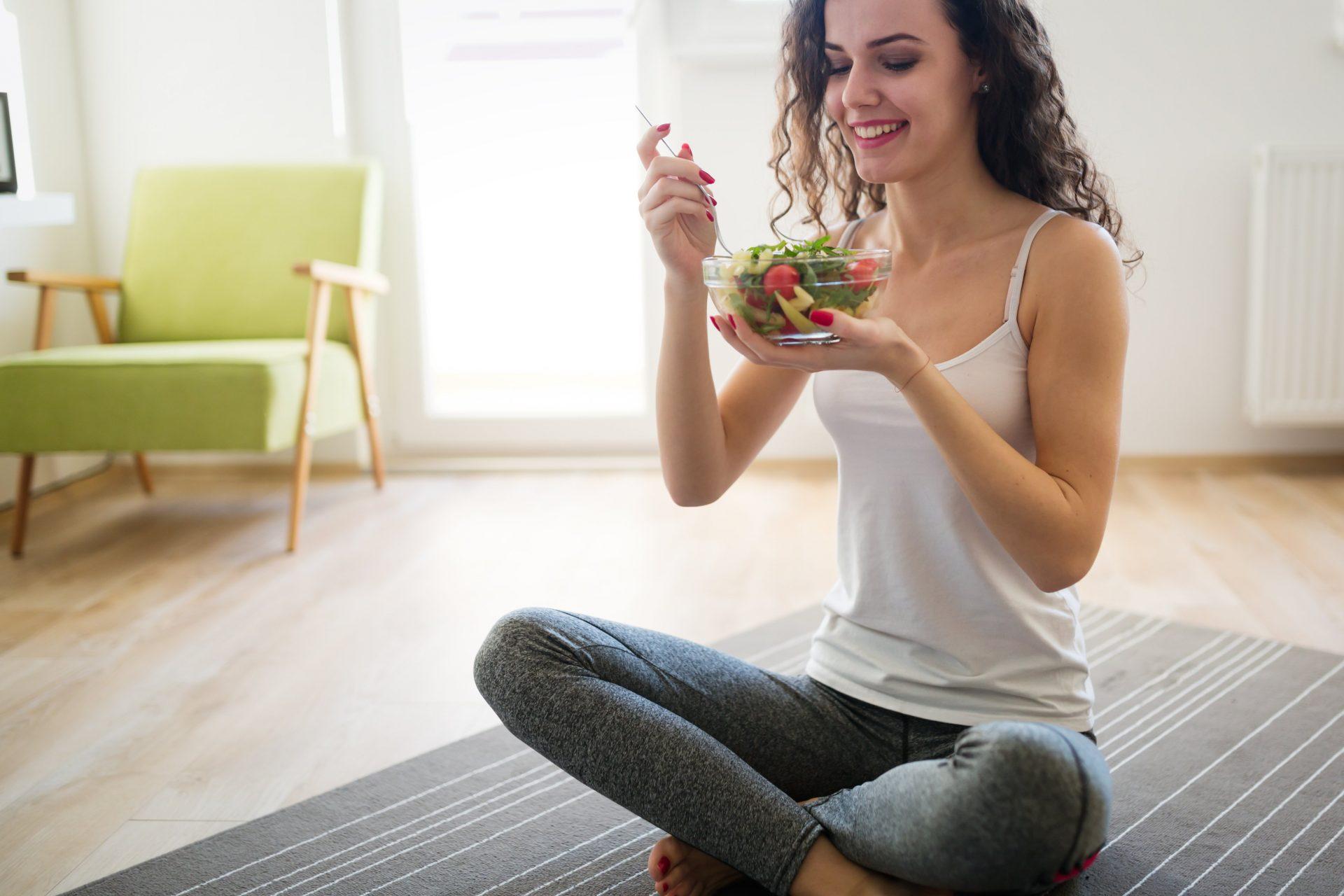 healthy eating online personal trainer in Abu Dhabi UAE