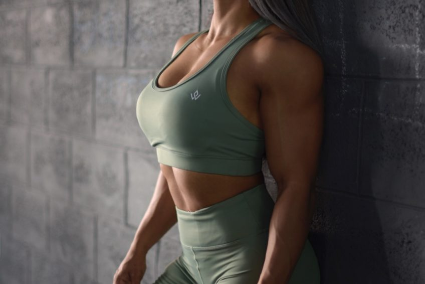female fitness coach and group fitness instructor in abu dhabi levie