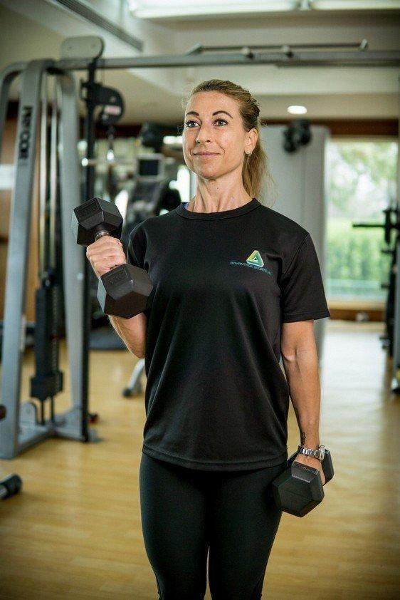 Abu Dhabi PT Fabiola - Dumbbell Training Arm Workouts