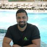 private-swimming-lessons-in-abu-dhabi-with-swim-coach-neeraj