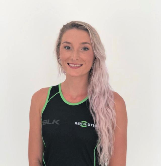 Dubai female personal trainer and fat loss specialist - christie