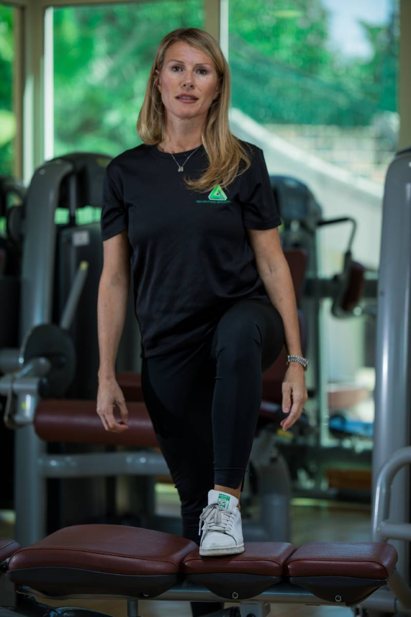 Abu Dhabi Female PT - Chiara - Step Training Exercises