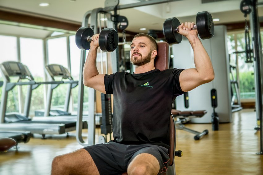 Abu Dhabi PT Ryan - Dumbbell Training Arms Exercises 1