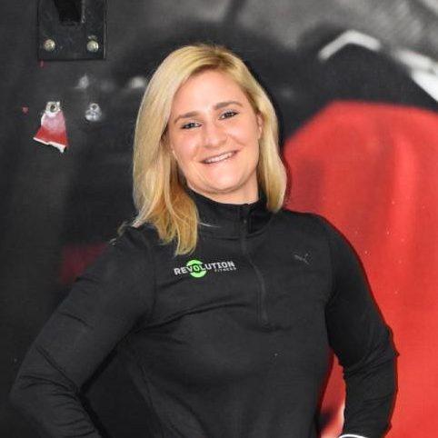 Dubai female fitness coach and pt - szabina