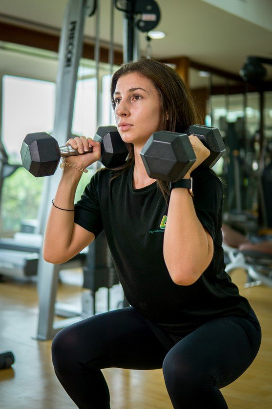 Vanessa - Abu Dhabi Trainer Working Out With Dumbbells 1