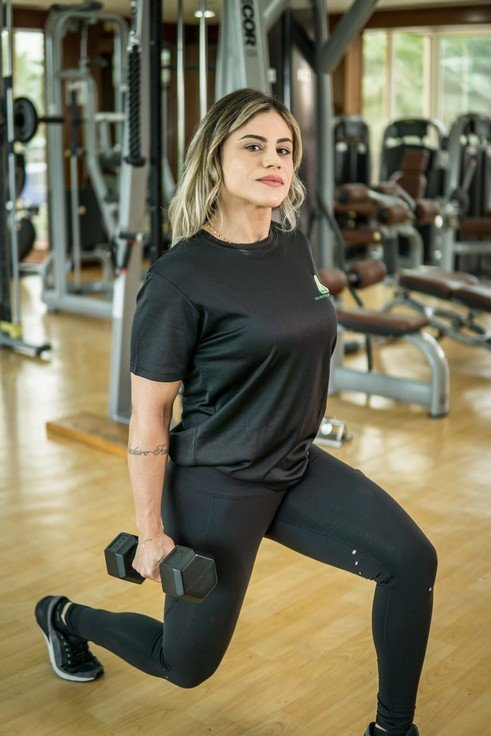 Abu Dhabi Female PT Pollyana - Dumbbell Training Examples