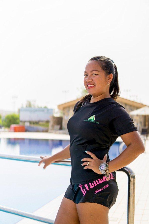 female swimming personal trainer in Abu Dhabi - Sherry
