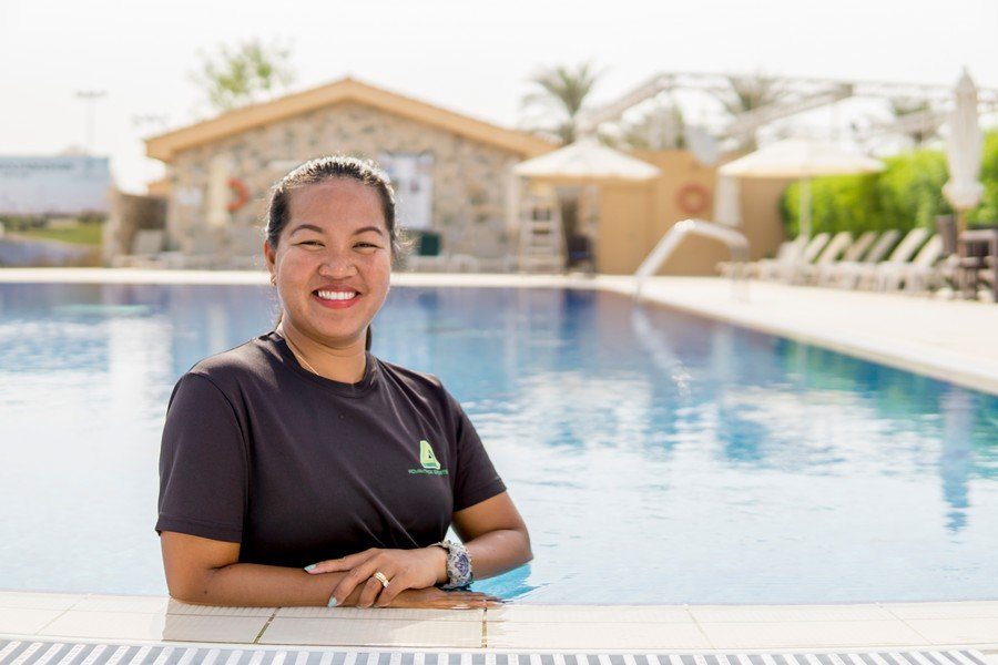 female swimming teacher in Abu Dhabi - Sherry