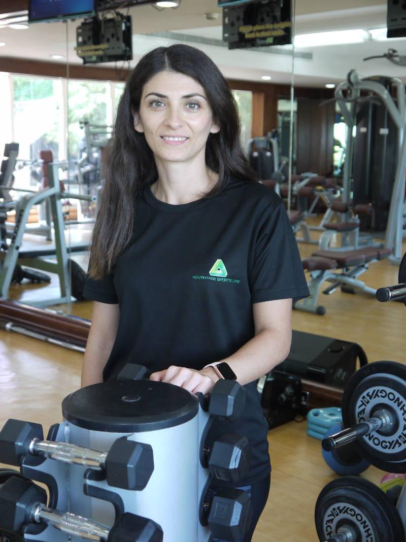 abu dhabi female fitness personal trainer nermin 1