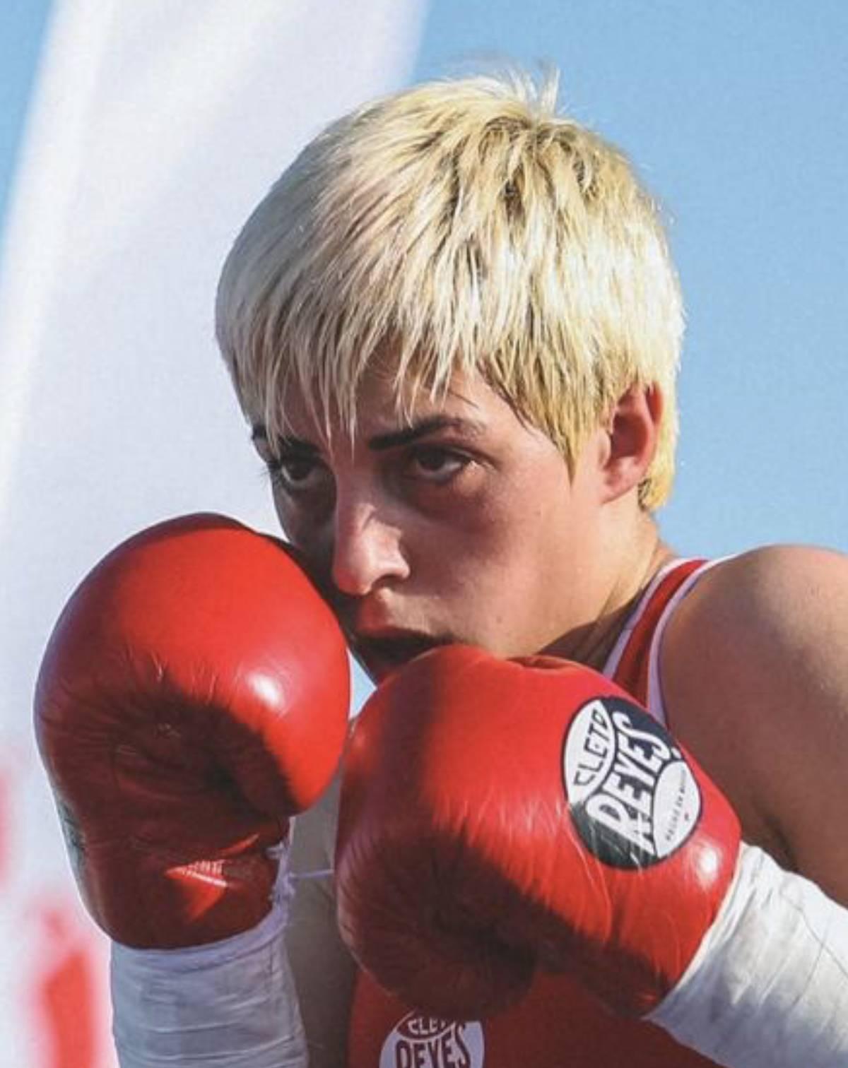 Female Boxing Coach In Dubai –  Anahit
