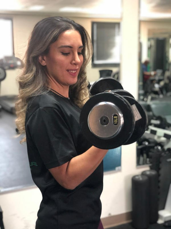 Abu Dhabi Female Trainer Aysun