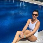 Learn to swim at home in Dubai with swimming trainer Alisa