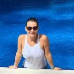 Swimming lessons for all ages in Dubai with Swim Coach Alisa