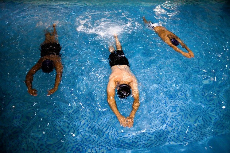 swimming lessons for adults in abu dhabi