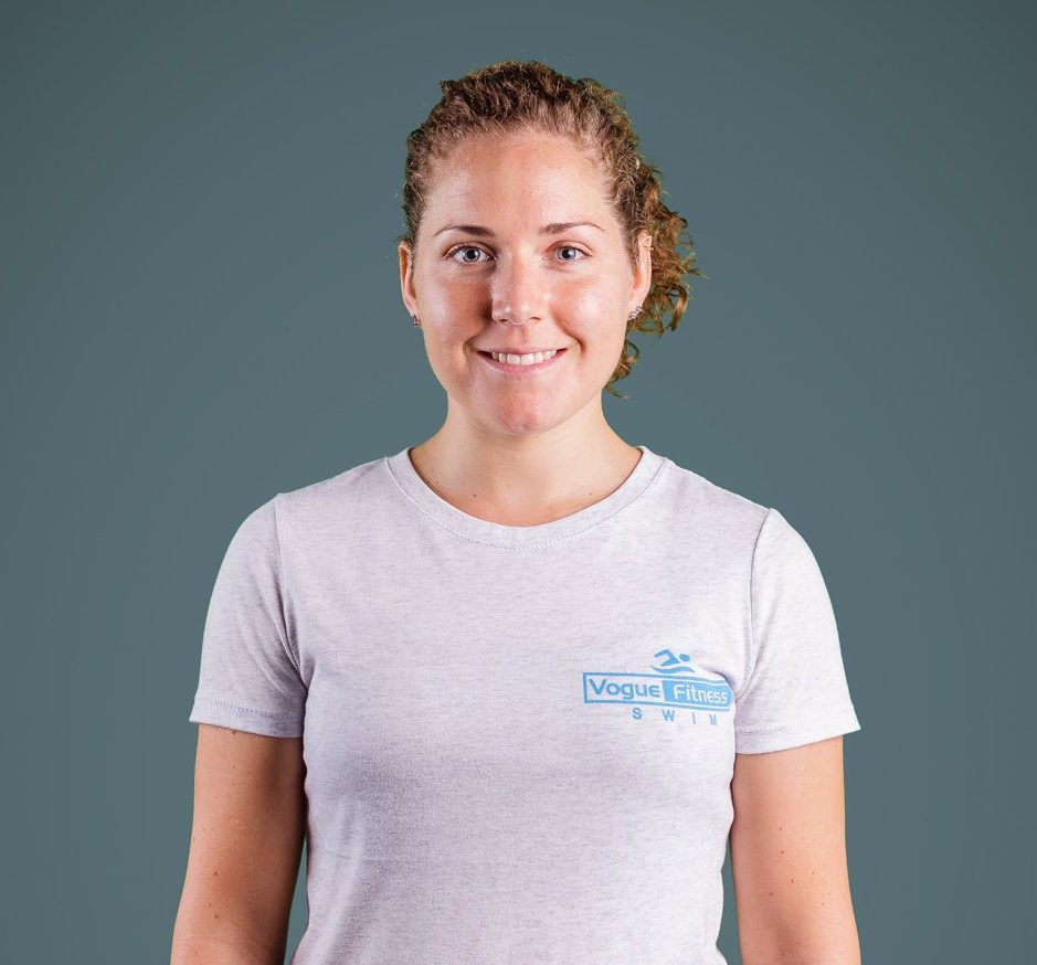 Swimming Coach In Abu Dhabi For Adults - Children - Emma
