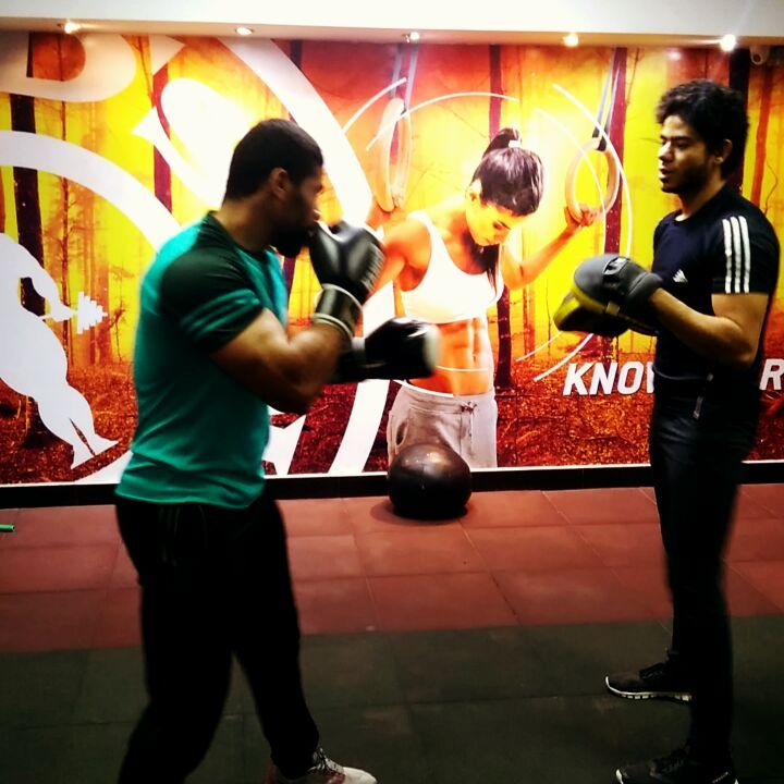 Boxing For Kids Fitness In Abu Dhabi With boxing Coach Hamada