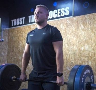 Dubai Personal Trainer And Weightlifting Coach - Cameron 1