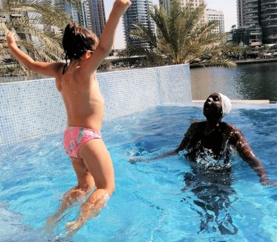 Female Swimming Trainer In Dubai - Linnet